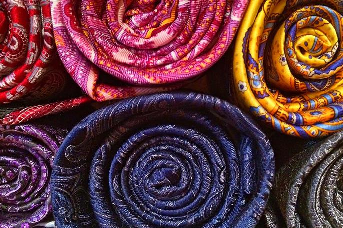 THAI SILK – WOVEN INTO THE FABRIC OF A CULTURE
